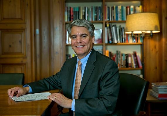 Dr. Gregory L. Fenves, Universitätspräsident kämpfte erfolglos für einen waffenfreien Campus.