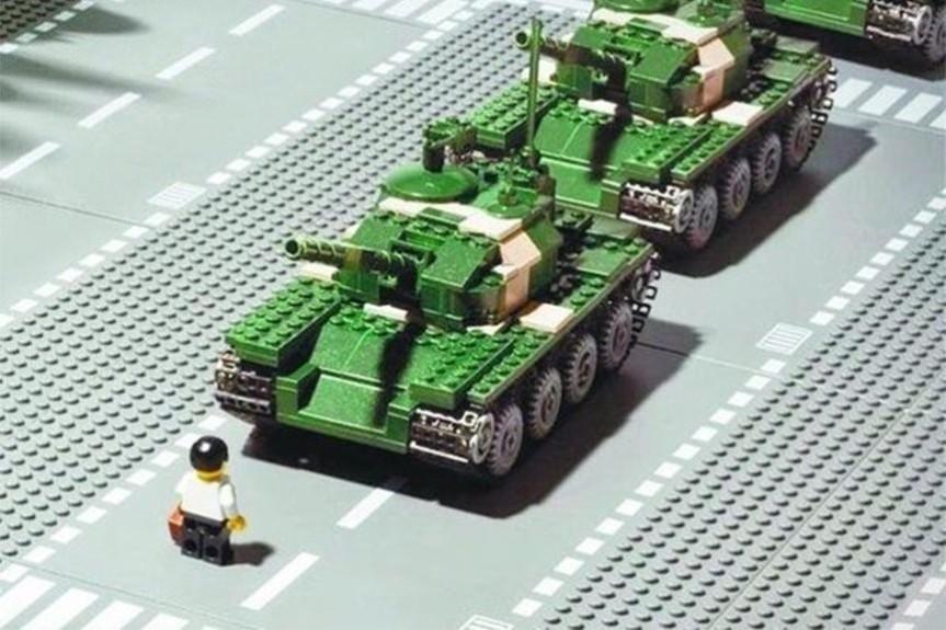 LEGO: Ai Wei Wei keine Steine zu verkaufen war einFehler.
