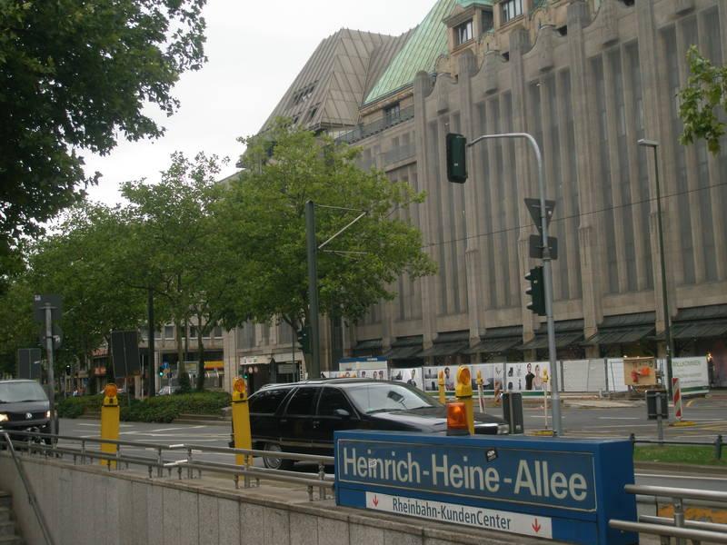 Düsseldorf, Heinrich-Heine-Allee, hier sollten die Anschläge stattfinden.