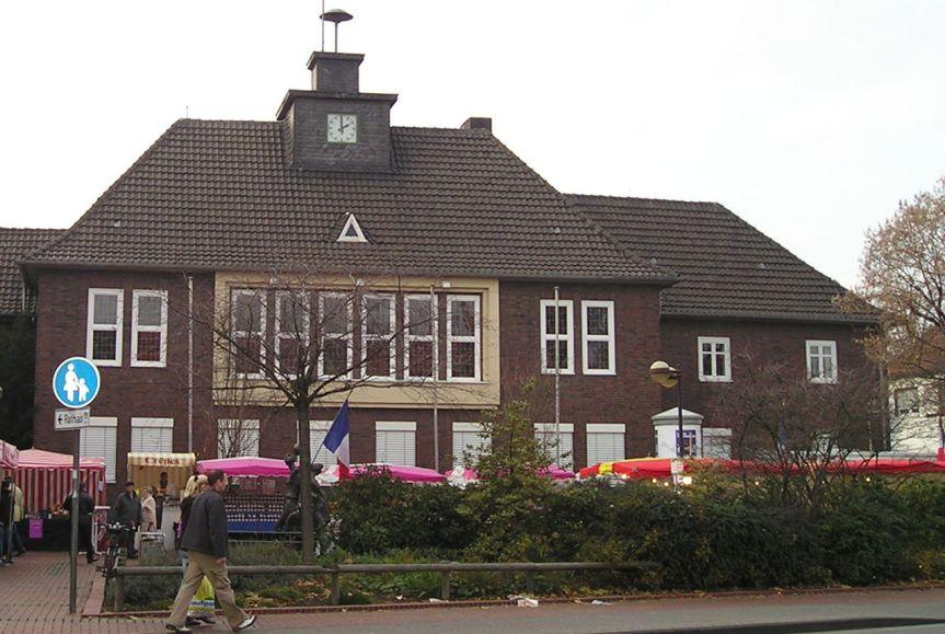 Monheim-Rathaus