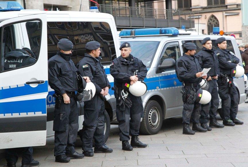 """Warum die """"Wachpolizei"""" des Innenministers eine Scheißideeist."""