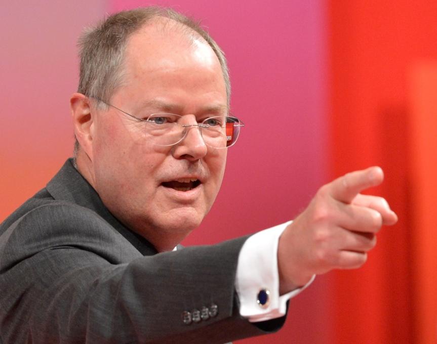 Steinbrück kündigt Rückzug an, und ist doch längstgegangen…