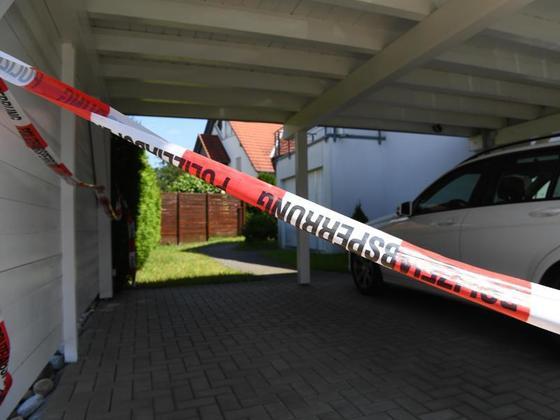 Familiendrama in Ravensburg: Familienvater tötet Frau undStieftöchter.