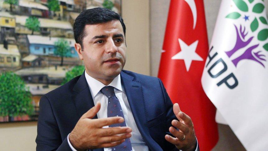 Erdogan-Regime beginnt Klagewelle gegen Oppositionspolitiker – HDP-Chef wegen terroristischer Propagandabeschuldigt.