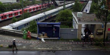 Sprengstoffanschlag an Duesseldorfer S-Bahnhof